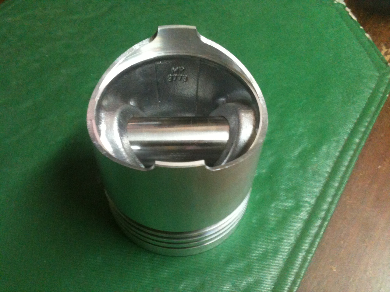 EP-1467 Piston w/pin (see desc)